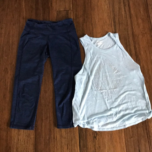 3145b9b376eb7 Old Navy Pants | Active Outfit Cropped Leggings And Tank | Poshmark